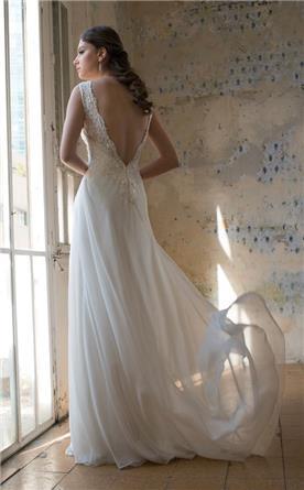 שמלת כלה עם חצאים עשירה