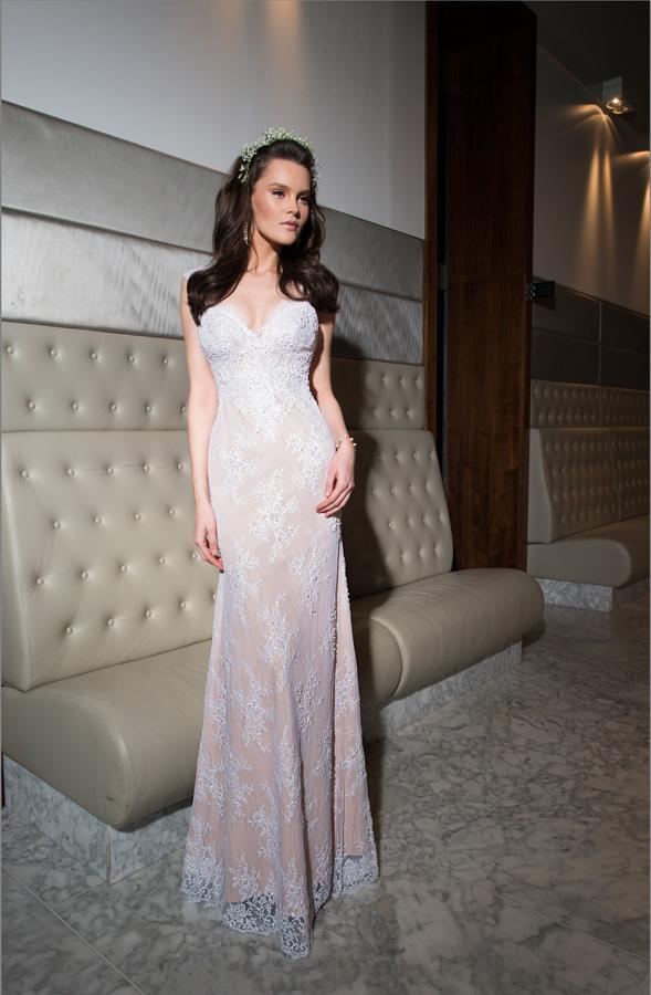 שמלת כלה תחרה בצבע קרם