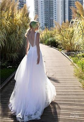 שמלות כלה עם שסע