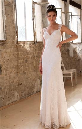שמלת כלה בשתי שכבות, עם תחרה יפה
