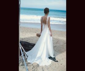 שמלת כלה נשפכת משיפון