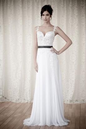 שמלת כלה תחרה חגורה שחורה