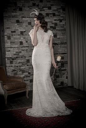 שמלת כלה צנועה תחרה סגנון וינטג'