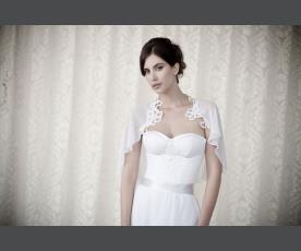 שמלת כלה עם עליונית שיפון