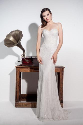 שמלת כלה מחורזת מיוחדת
