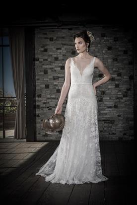 שמלת כלה תחרה צפופה מחולקת