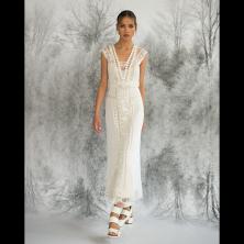 שמלת כלה עם תחרה רקומה