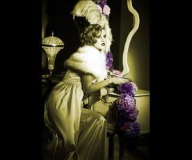 שמלת כלה וינטג' עם עליונית פרווה