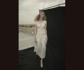 שמלת כלה עדינה שרוולים מידי