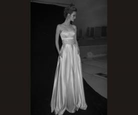 שמלת כלה סאטן עם חגורה וכיסים