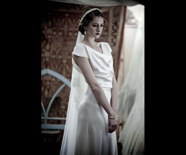 שמלת כלה צנועה שרוול קצר