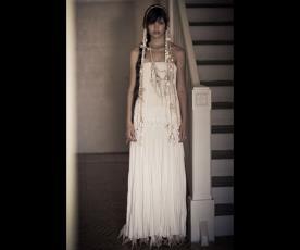 שמלת כלה סטרפלס ופרנזים