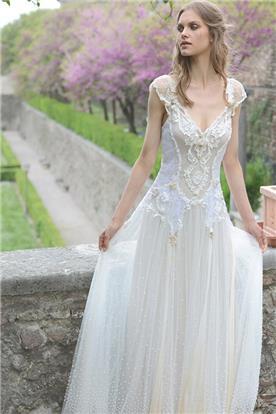 שמלת כלה או ערב: ראומה ויואל