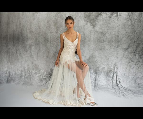 שמלת כלה מיני וחצאית שקופה