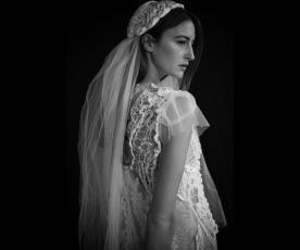 שמלת כלה כותנה מחוררת והינומה