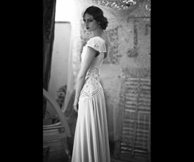 שמלת כלה שרוול רחב
