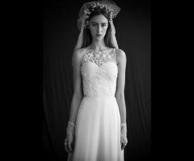שמלת כלה סטרפלס ותחרה צמודה