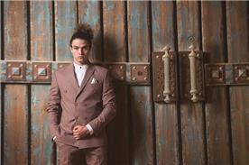 חליפת חתן: חליפת שני חלקים, חליפה בגזרה רחבה, חליפה בדוגמה חלקה, חליפה בצבע ורוד - חליפות חתן - פיגל