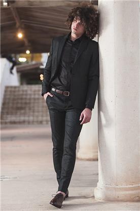 חליפות אלגנטיות לגברים בירושלים