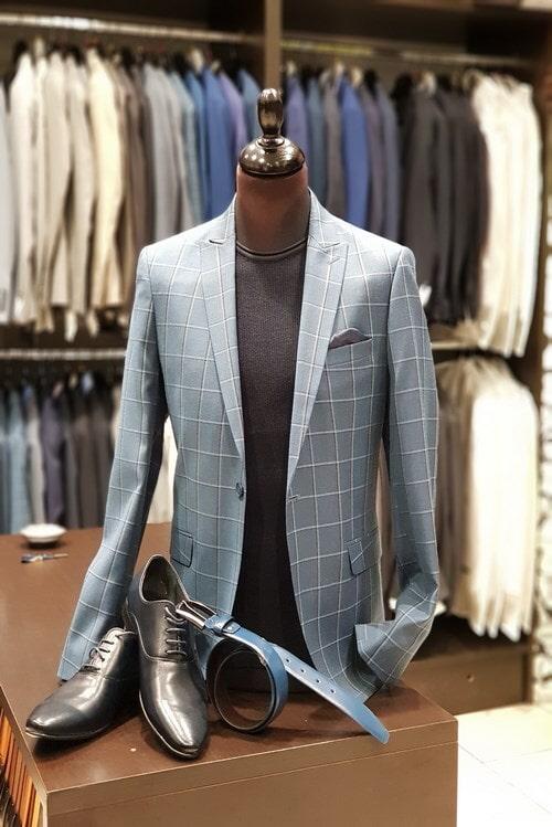 חליפת חתן: קולקציית 2018, חליפה בגזרה ישרה, חליפה בדוגמה משובצת, חליפה בצבע אפור - יומה- YOMA