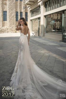 שמלת כלה בשילוב טול ורוד