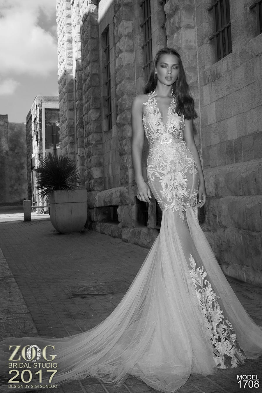 שמלת כלה תחרת עלים