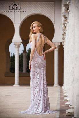שמלת מקסי תחרה עם גב פתוח