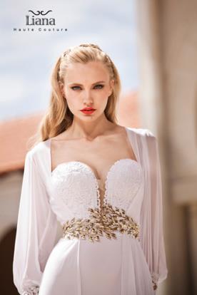 שמלת כלה בסגנון יווני זוהר