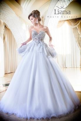 שמלת כלה קלאסית מהאגדות
