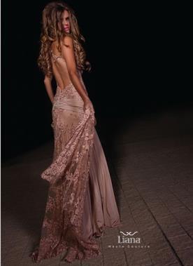שמלת כלב רומנטית עם גב פתוח