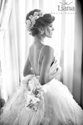 שמלת כלה אביבית ללוק נסיכתי