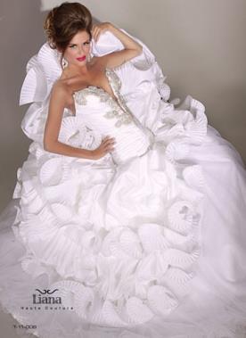 שמלה חושנית בסגנון מלכותי