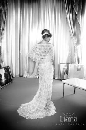 שמלת כלה עם שכמיית מלמלה
