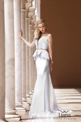 שמלת כלה מודרנית עם פפלום