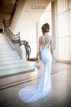 שמלת כלה רומנטית גב פתוח מחורז
