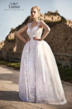 שמלת כלה נסיכותית למראה עדין