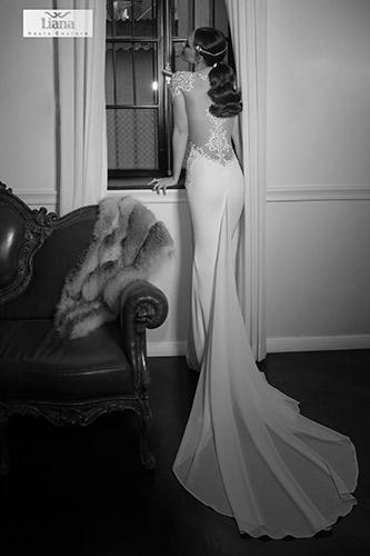 שמלת כלה רומנטית גב חשוף עמוק