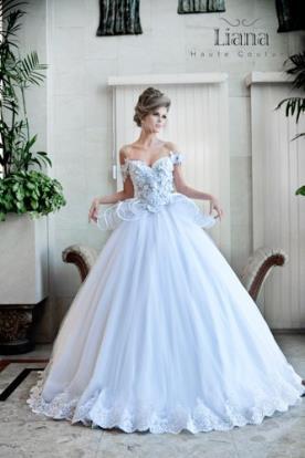 שמלה מפוארת לכלה מהאגדות
