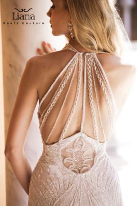 שמלת כלה גב חשוף עם חרוזים