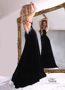 שמלת ערב רומנטית מעוטרת