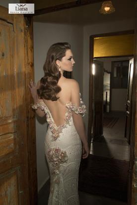 שמלת כלה גב חשוף מעוטר