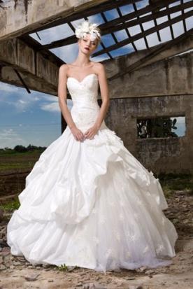 שמלת כלה שכבות תחרה ומשי