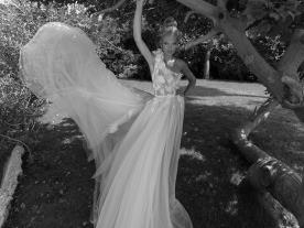 שמלת כלה הוט קוטור אי סימטרית