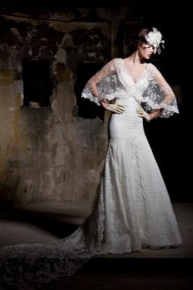 שמלת כלה עם עליונית תחרה