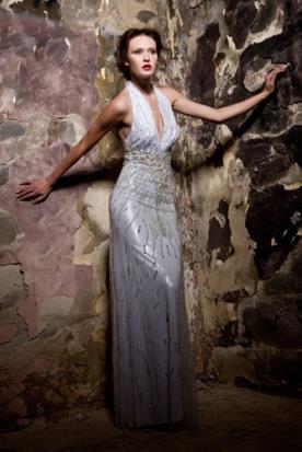 שמלת כלה קולר אפורה
