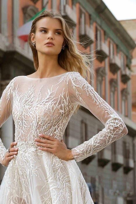 שמלות כלה בסגנון הוט קוטור