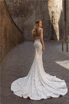 שמלות כלה עם גב חשוף
