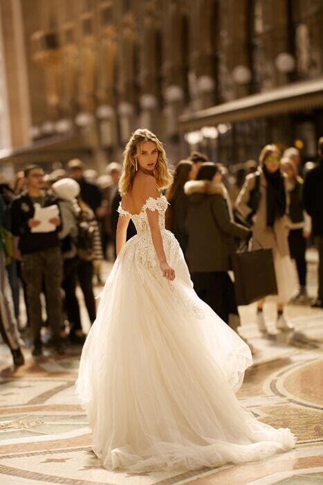 שמלות כלה עם פליסה