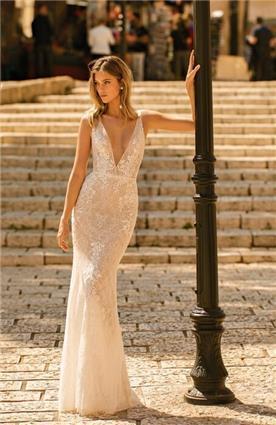 שמלת כלה בגזרת קלאסית