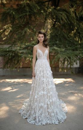 שמלת כלה רומנטית פרחונית